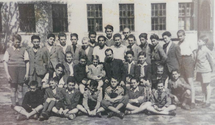 Clasa lui Feri Reich. 1945